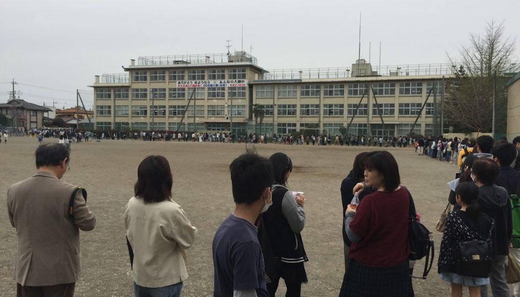 映画「暗殺教室~卒業編~」に長蛇の列
