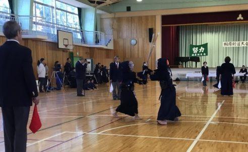 白髭神社奉納の柏原剣道大会に市内各地から剣士が参加